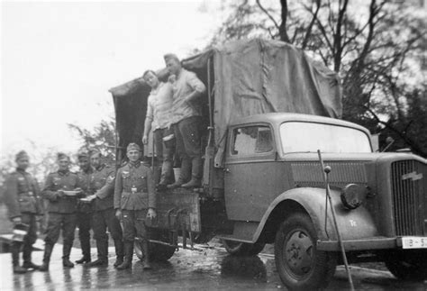 opel truck ww2 opel blitz 3to lkw war photos