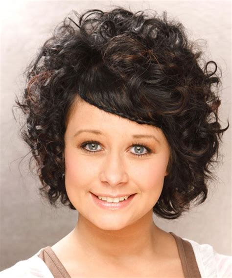 haircuts for round face thick wavy hair 25 best curly short hairstyles for round faces fave