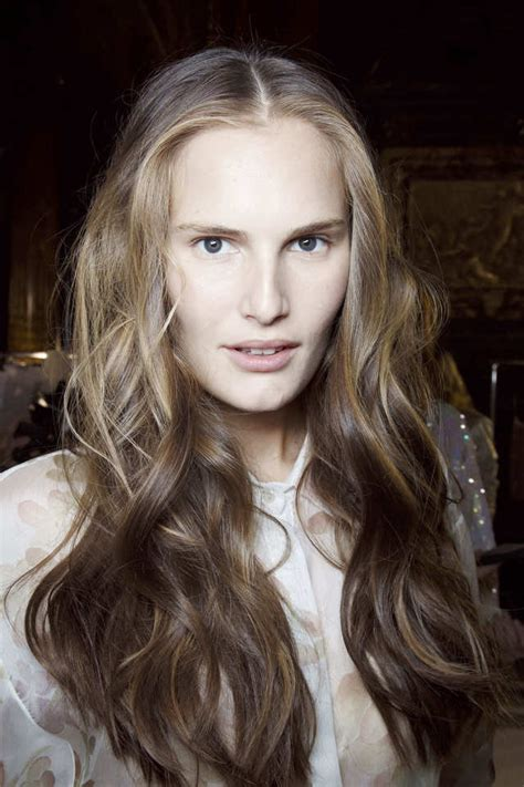 hairstyles from paris hairstyles to copy from paris fashion week spring 2015