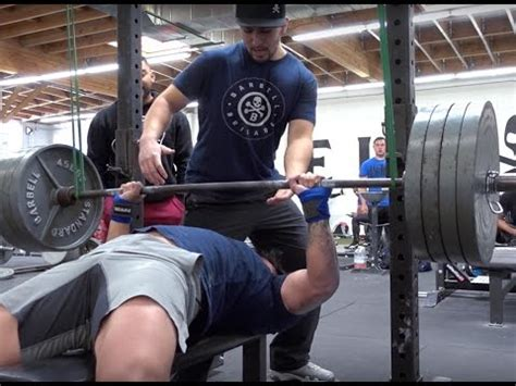 best workout to increase bench 3 best exercises to increase your bench press youtube