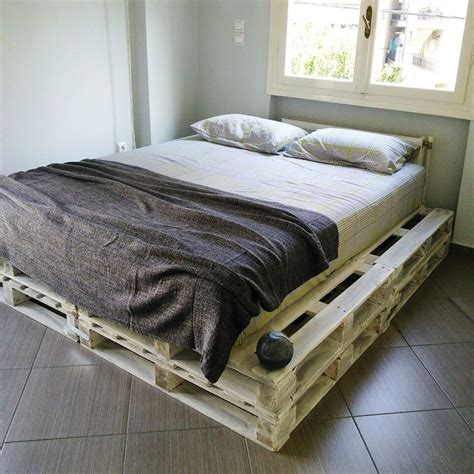 diy bedding 20 pallet ideas you can diy for your home 99 pallets