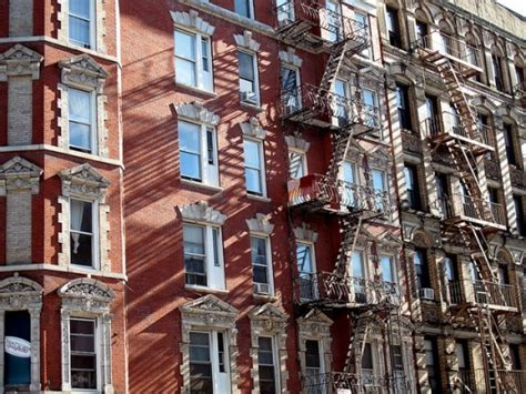 New York City Appartment by How Did He Slip Through The Cracks Pays 1 Month Rent On Versedonline