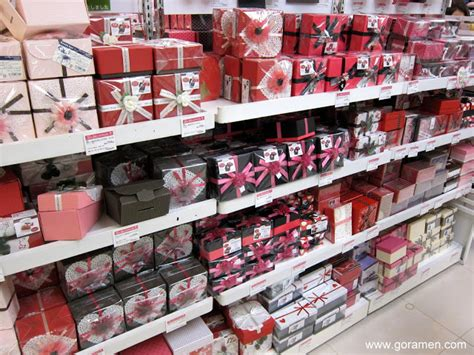 valentines store s day in japan gaijinpot injapan