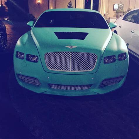 yo gotti bentley yo gotti has a new favorite color cars