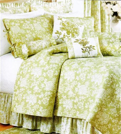 Apple Green Quilt by Apple Green Quilts Batik Green And White Toile Quilt