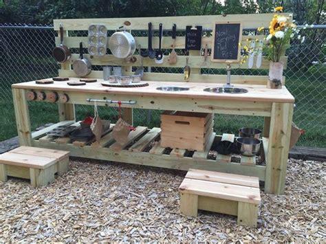 kinderzimmer ideen wandgestaltung 4392 outdoor mud pie kitchen outside