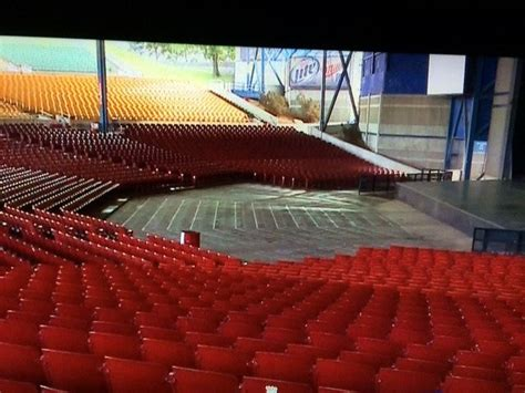 section 8 milwaukee marcus hitheater pit area if you ever wanted to see