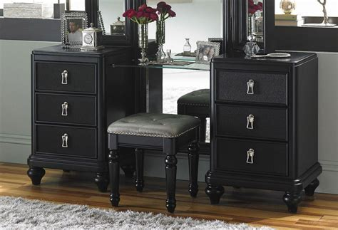 bedroom vanity dresser midnight vanity dresser w stool bedroom vanities bedroom furniture bedroom