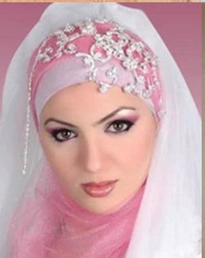 youtube membuat jilbab berita terbaru video cara memakai jilbab yang baik dan benar