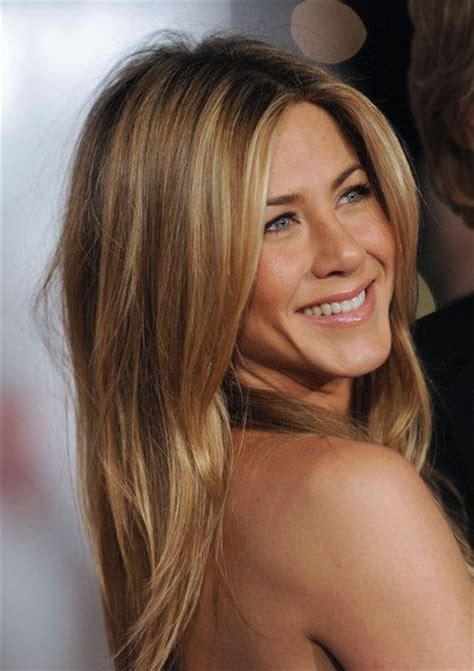 the base color of jennifer anistons hair color 42 best images about hair on pinterest jennifer aniston