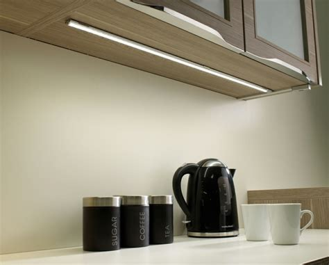 Led Lights For Kitchen Under Cabinet Lights Schrankleuchten 30 Ideen Wie Sie Mehr Licht In Den