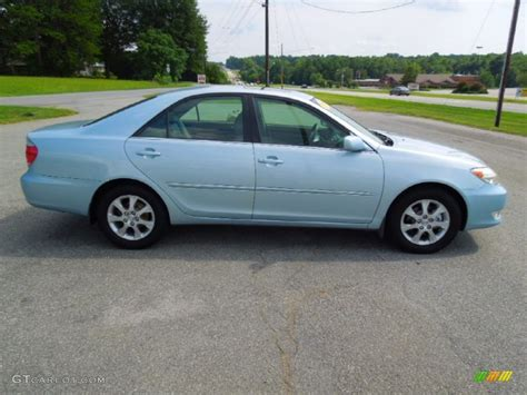 sky blue pearl 2005 toyota camry xle v6 exterior photo 69441757 gtcarlot