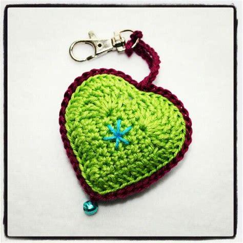 crochet heart pattern keychain crochet heart keychain hearts pinterest