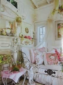 mod vintage life romantic kitchens style d 233 co le style shabby chic d 233 co en nuances