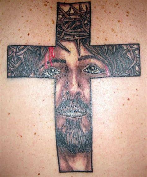 cross tattoo on your face tatuagens religiosas femininas e masculinas fotos