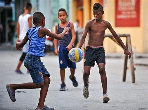 imagenes de niños jugando futbol en la calle participar 225 n 120 equipos en ceonato nacional de f 250 tbol