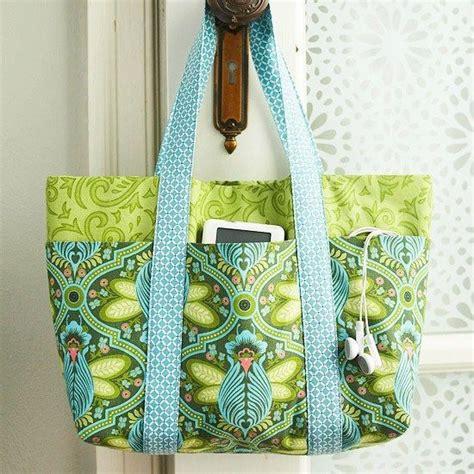 pattern fabric purse easy multi pocket tote bag free sewing tutorial tasker