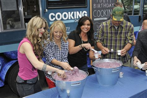 nadia cooking channel rachael ray rachael ray pictures nadia g kelsey nixon rachael ray