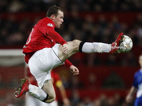 biography of wayne rooney wayne rooney best striker from england images and