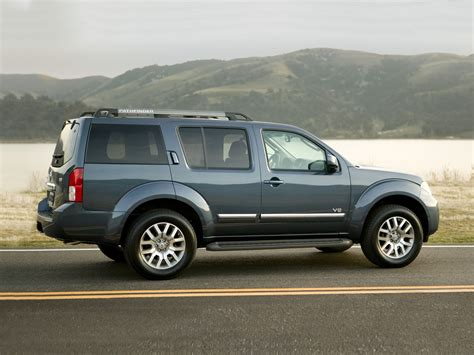 photos and videos 2010 nissan pathfinder suv history in pictures kelley blue book 2010 nissan pathfinder price photos reviews features