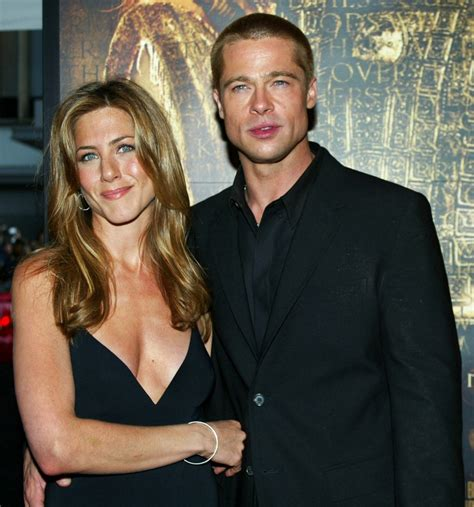Brad To Jen Dump Your New by Aniston Wants To Work In A With Brad Pitt