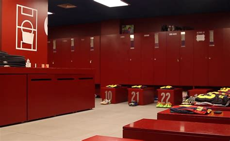 Barcelona Fc Room by Fc Barcelona S Locker Room Before Match Fc Barcelona Headlines