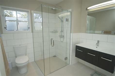 Bathroom Shower Remodel Cost Bathroom On A Budget Modern Bathtubs Bathroom Remodeling Costs Bathroom Remodel Cost Breakdown
