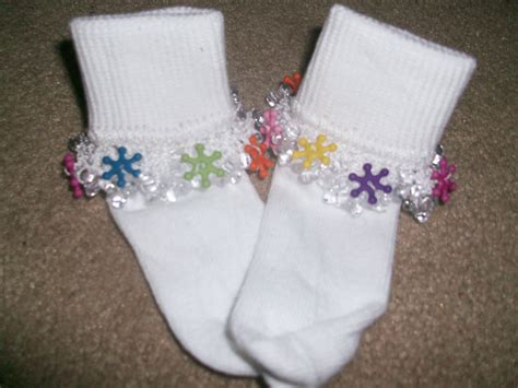 how to make beaded socks colored snowflake beaded socks by lovetocrochetbyalexa on etsy