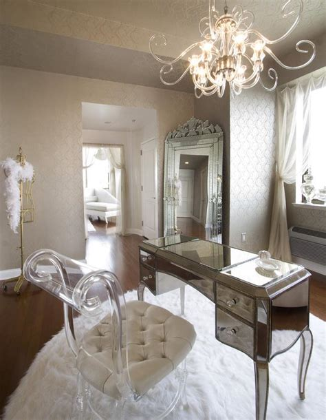 mirrored home decor 21 ideas for home decorating with mirrors