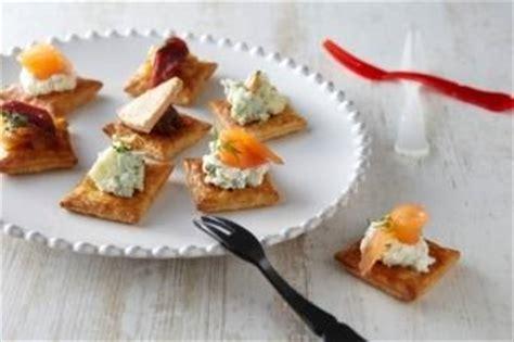 recette canapes pour aperitif recettes de toasts du nouvel an par l atelier des chefs