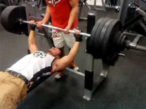 210 bench press video 440 lb reverse band cambered bar bench press at