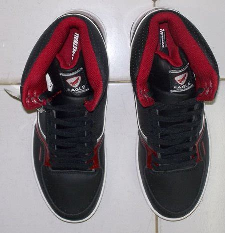 Sepatu Basket Murah Berkualitas toko jual sepatu basket original murah hitam merah