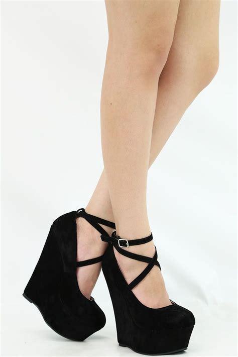 Heels Black Wedges Black El Verne closed toe criss cross strappy ankle maryjane wedge