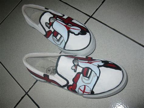Sepatu Vans Lukis model sepatu vans d7strodito