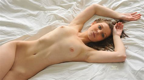 Very Sexy Nude Girl In Repose February Voyeur Web Hall Of Fame