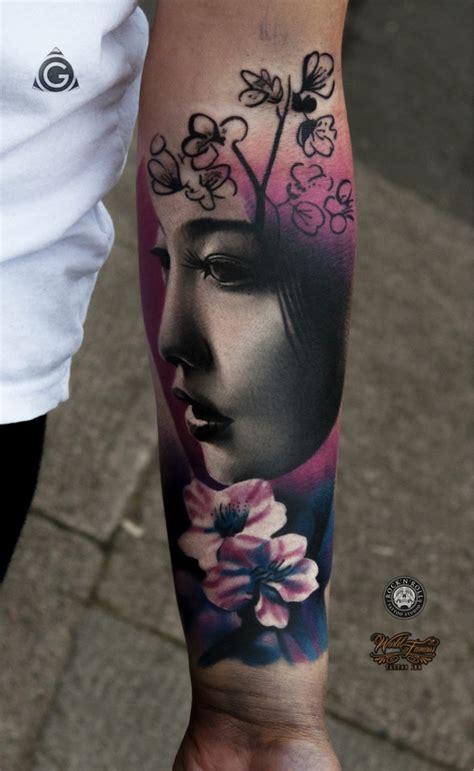 Tattoo Visage Geisha   1001 id 233 es tatouage geisha geisha japonaise et avant bras