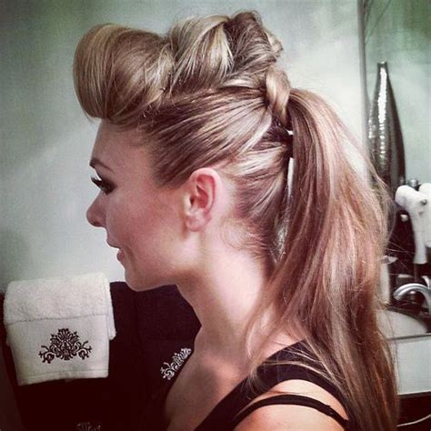 Hair Ponytails Wavy 15 casual wavy ponytail hairstyles
