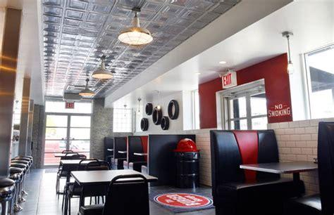 Restaurant The Garage The Burger Garage Reviews Menu Sunnyside