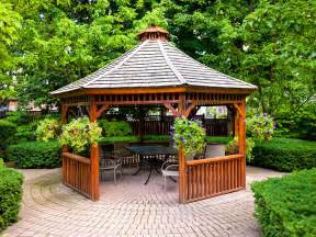 Patio Gazebos And Canopies Patio Gazebos Hgtv