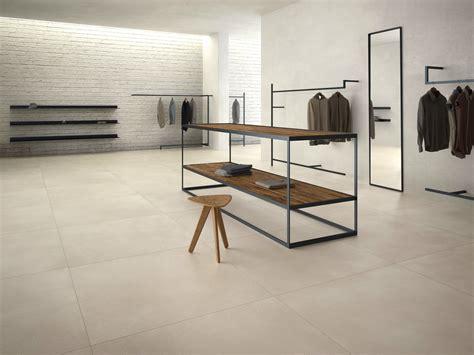 rivenditori pavimenti pavimento in gres porcellanato effetto resina calce by
