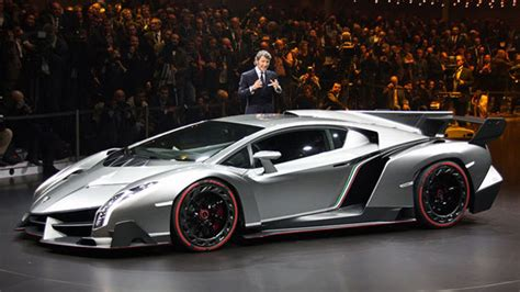 lamborghini unveils 3 9 million veneno