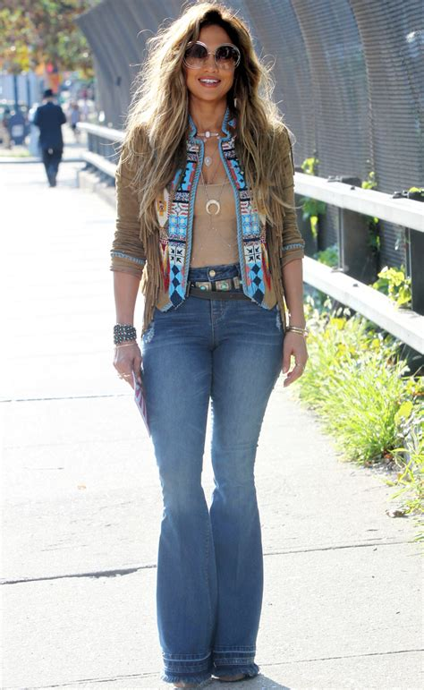 jennifer lopez outfits jennifer lopez wears 70s inspired fashion trends for her