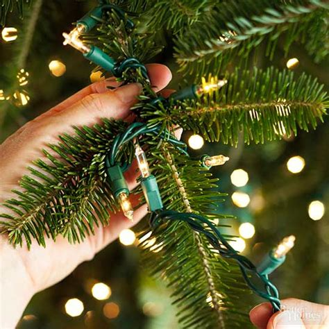 best way toput chistmas lighrsontree how to put lights on a tree