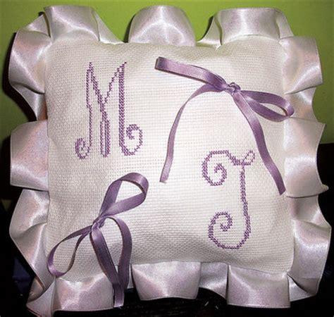 cuscini per fedi nuziali punto croce cuscino fedi ricamato cuscinetto portafedi punto croce