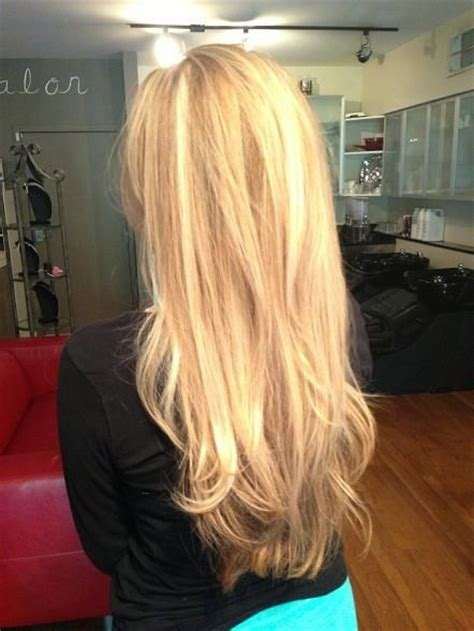 very long layered blonde hair pinterest gorgeous natural looking multi toned blonde highlights