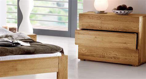 schlafzimmer kommode eiche massivholz kommode aus massiver eiche mit 3 schubladen