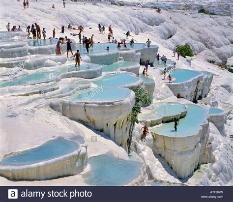 pamukkale thermal pools turkey pamukkale cotton castle travertine pools unesco