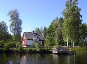 schweden haus am see schweden urlaub hsf ferienhaus 06 t 246 rnsj 246 stugan bei