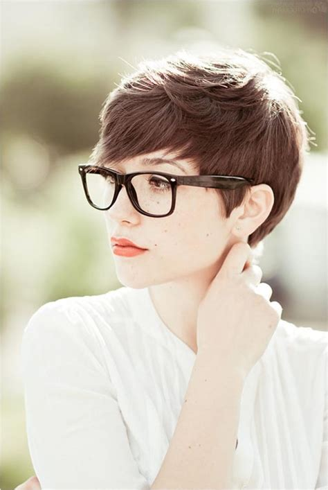 red short cropped hairstyles over 50 short blonde hairstyles with bangs popular long