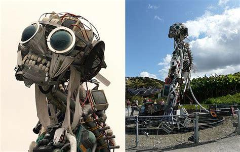 amazing robot sculptures   trash ecofriend